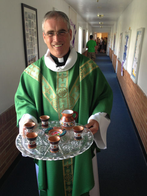 Pastor- Peru communion